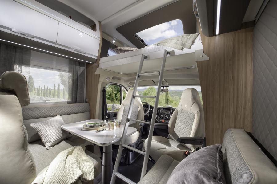 אוטוקרוואן למכירה - קורל XL, עיצוב פנימי